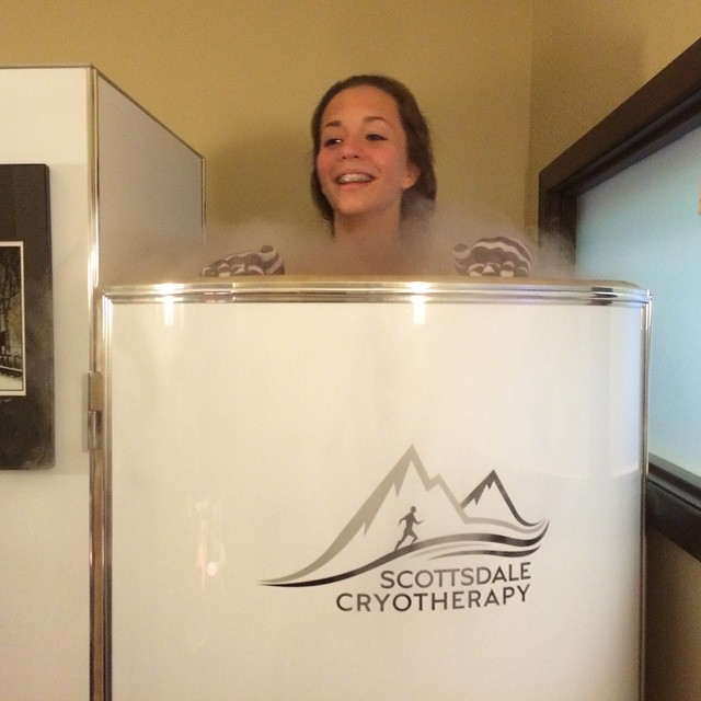 woman-cryotherapy